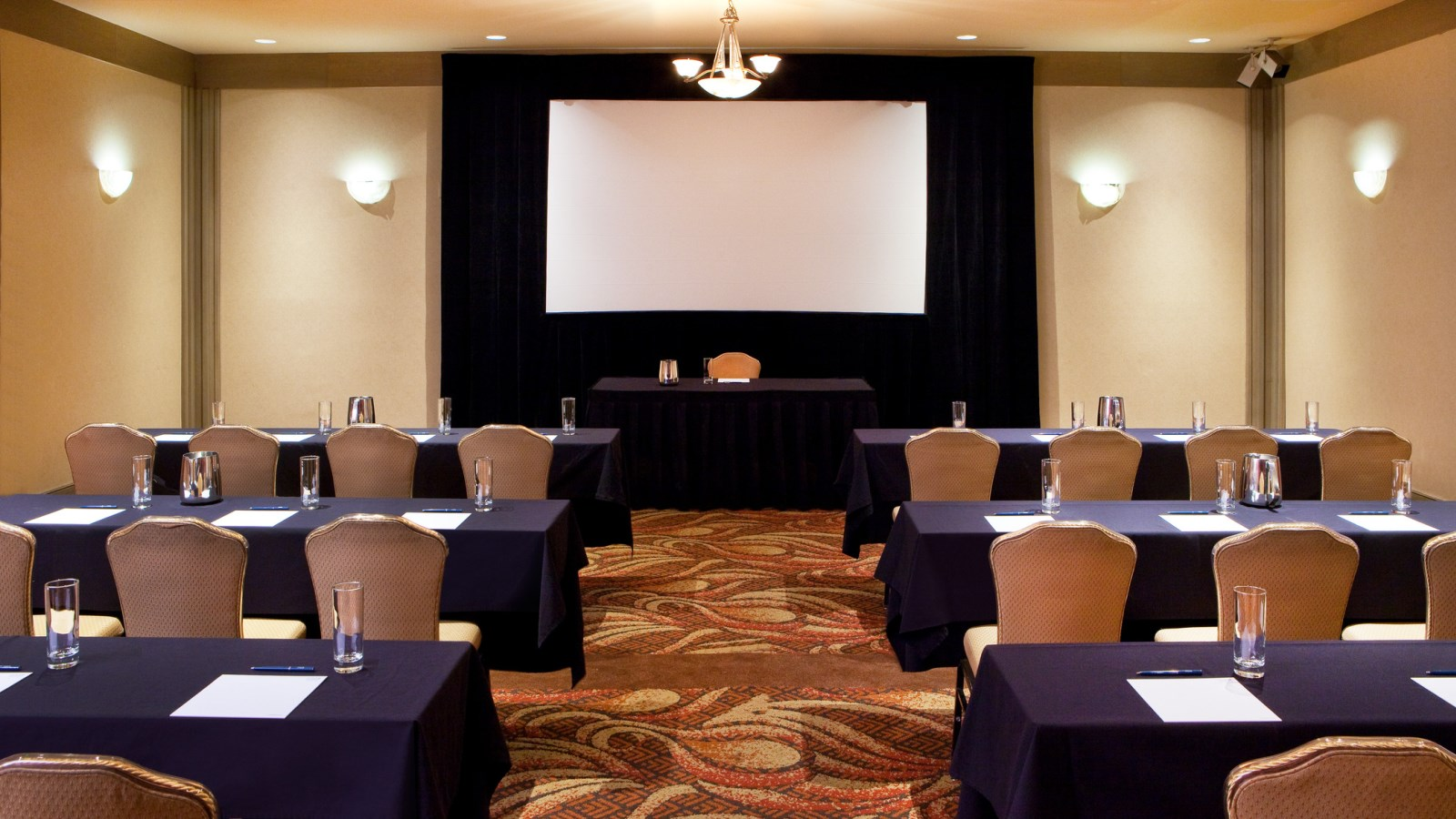 Event Venues in Phoenix - Classroom Meeting Space